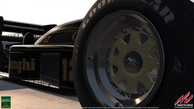 Lotus 98T (2)